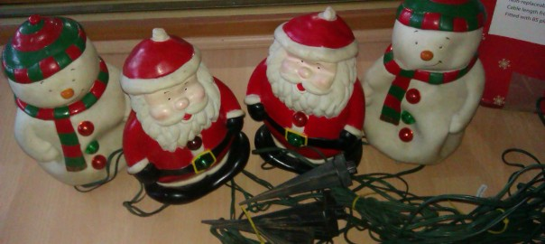 These were some of the first ever Outdoor Decorations that we owned - they sing and dance to music